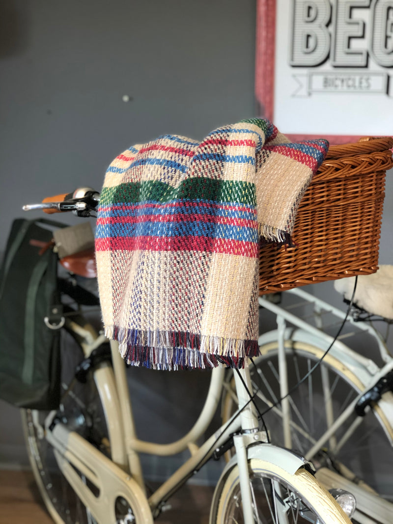 RECYCLED WOOL PICNIC RUG AND STRAPS