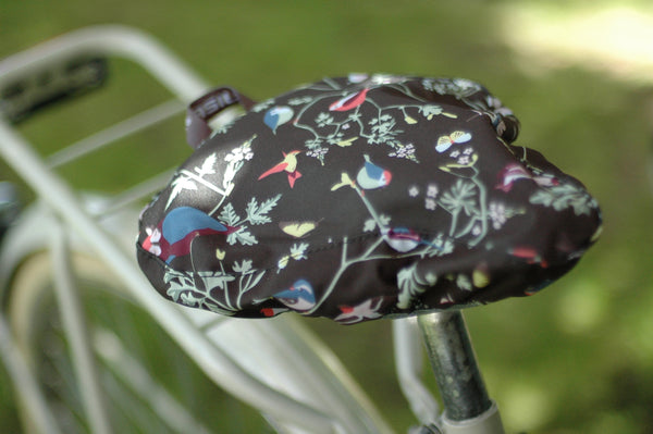 BASIL WANDERLUST SADDLE COVER CHARCOAL