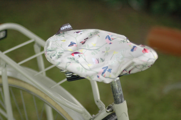BASIL WANDERLUST SADDLE COVER IVORY