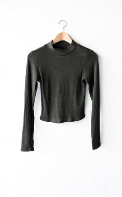 Ribbed Long Sleeved Mock Neck Crop Top