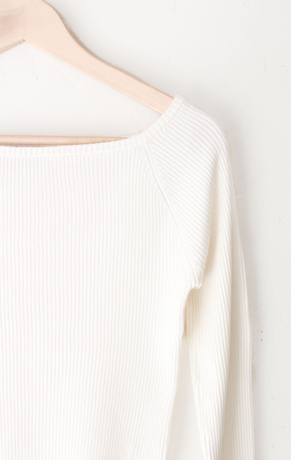 NYCT Clothing Ribbed Knit Crop Sweater