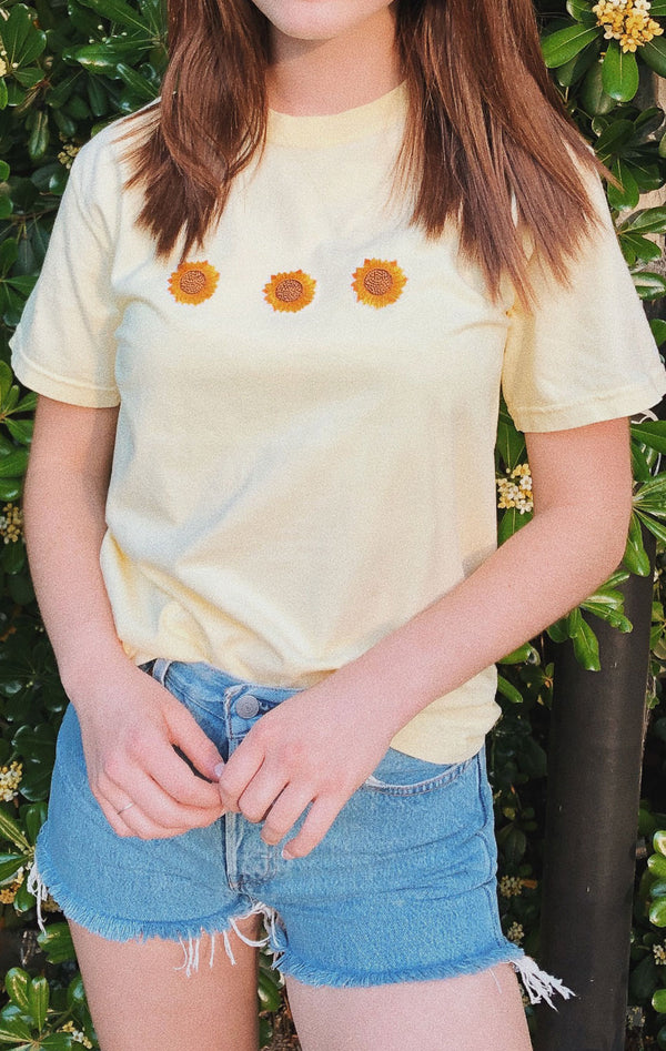 NYCT Clothing Sunflower T-shirt  Light Yellow