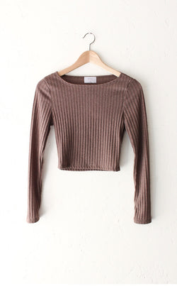 Long Sleeved Ribbed Crop Top