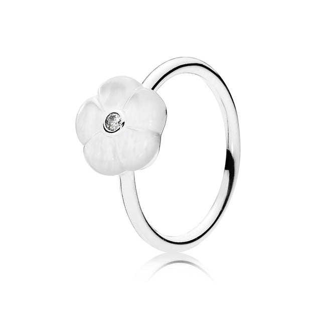 Ring Luminous Florals with Mother-of-Pearl and Clear Cubic Zirconia