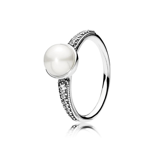 Ring Elegant Beauty with White Freshwater Cultured Pearl and Clear CZ
