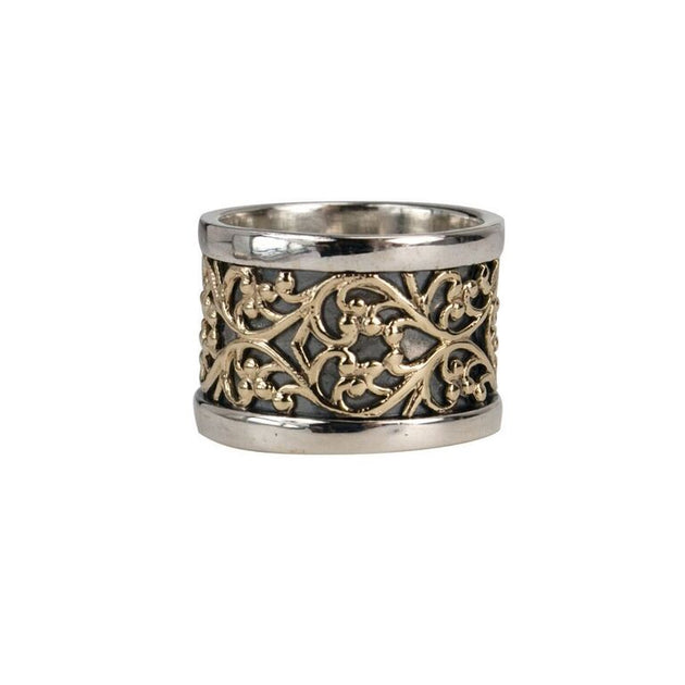 Feel, Yellow Gold Lace Meditation Ring