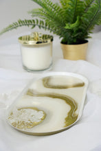 Load image into Gallery viewer, Agate Decorative Tray with Quartz Crystals