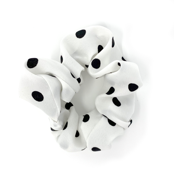 Scrunchie - Black & White Polka Dot