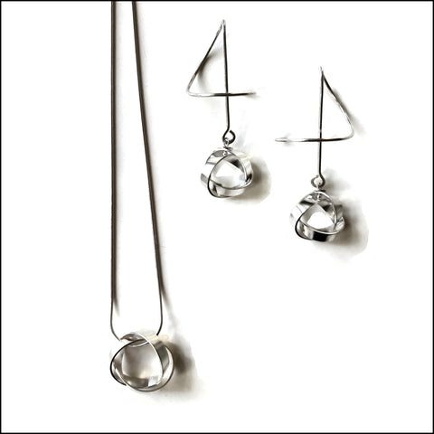 knots sterling silver LIGHT pendants