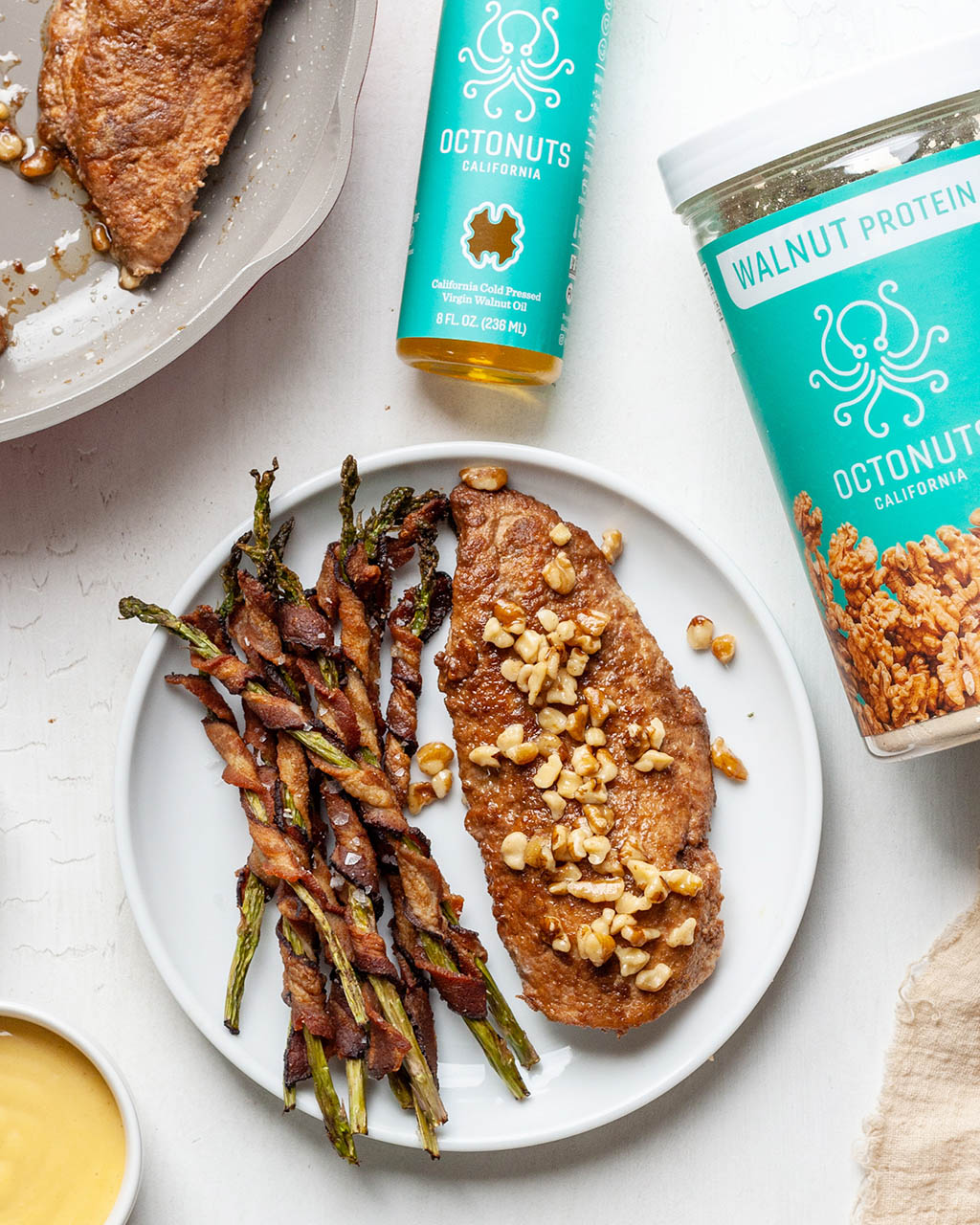Whole30 Walnut Crusted Chicken with Octonuts Walnut Protein Powder