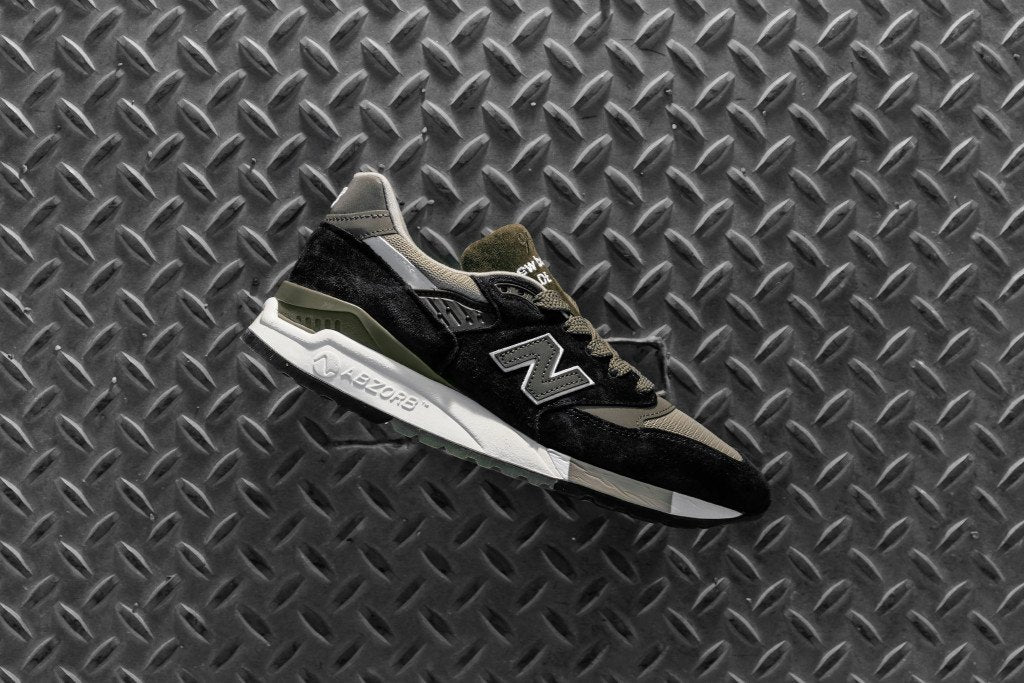 77fb21fa1940 https   feature.com blogs feature-sneaker-boutique new-balance-696 ...