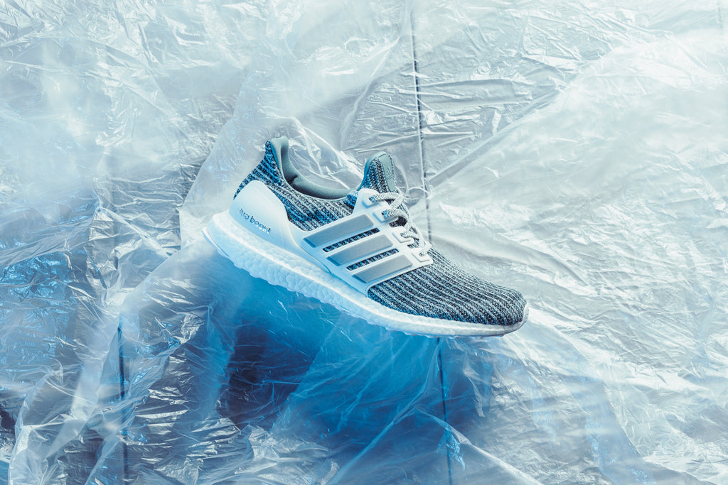 07f98e801 This time around the sleek silhouette gets treated to a Cloud White Silver  Primeknit upper complimented by metallic silver UltraBOOST branding at the  ...