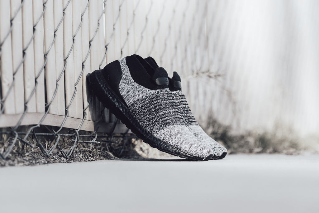 wholesale dealer b5315 724cd Another laceless Adidas UltraBOOST ( 220) is here, this time in a  fan-favorite oreo colorway. Similar to its past iterations, this silhouette  opts for ...