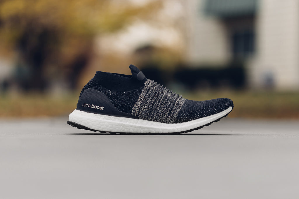 91793f89ffce2 Adidas Originals Ultraboost Laceless in Legend Ink Raw Gold Available