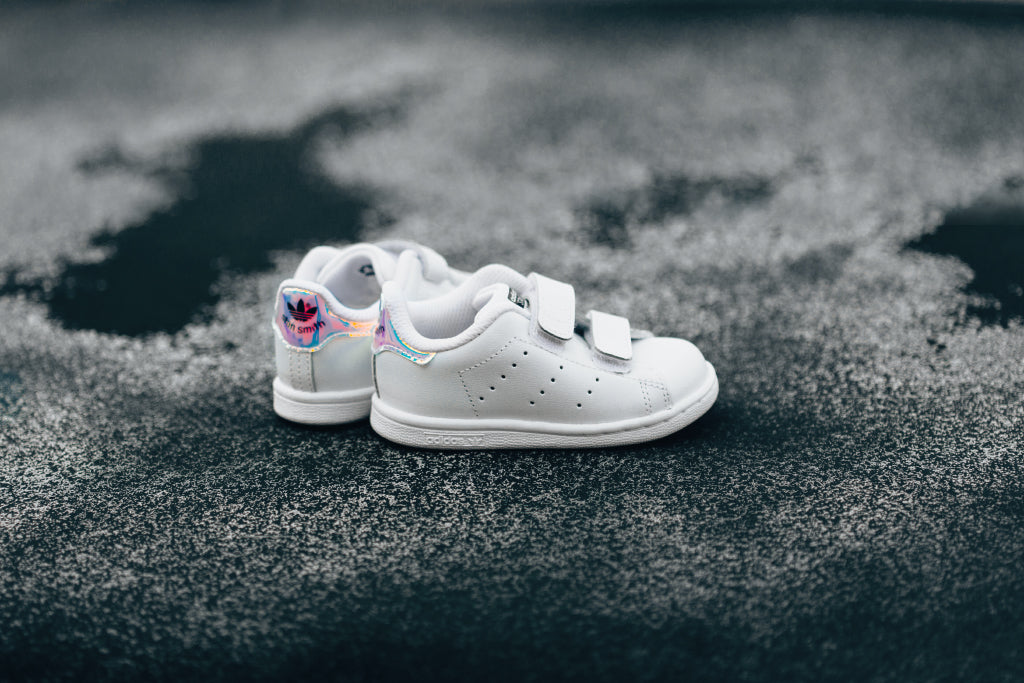 premium selection ebd62 e0a9d Adidas Originals Infant Stan Smith In White/Metallic Silver ...