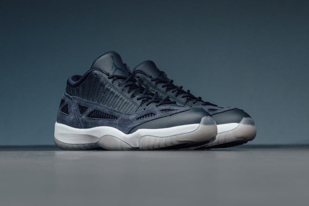 65c8e5657433c8 Air Jordan Retro 11 Low IE