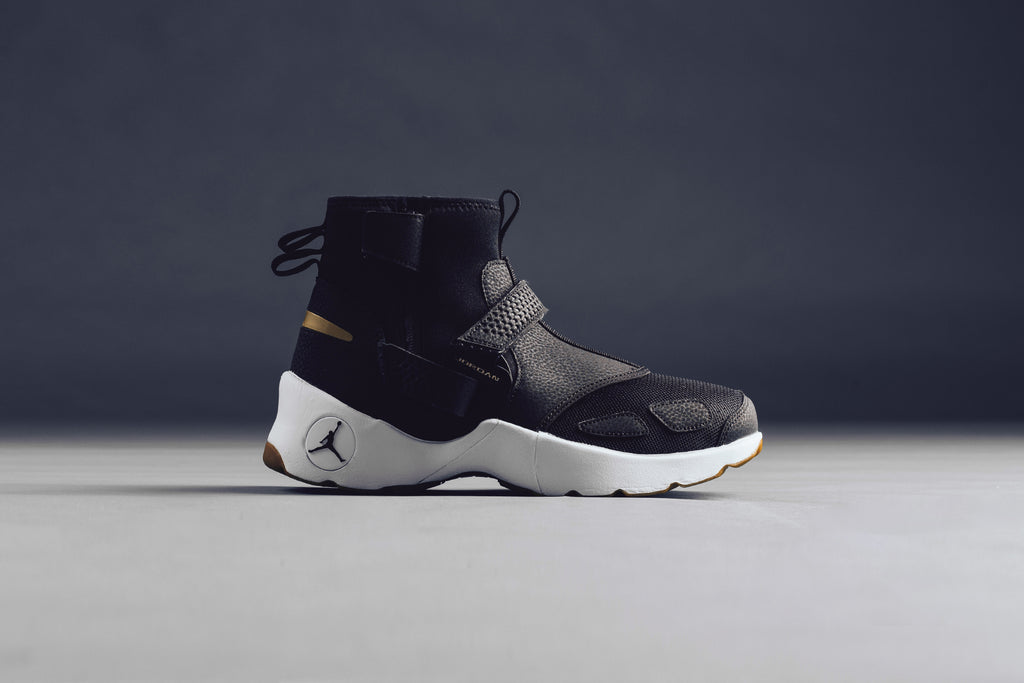 Air Jordan Trunner LX Hi