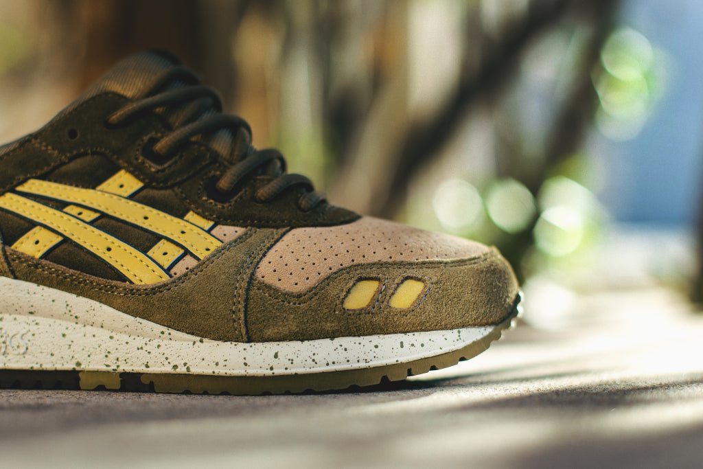 Restringido ANTES DE CRISTO. cómo  Asics Gel-Lyte III in Olive/Sunshine Available Now – Feature