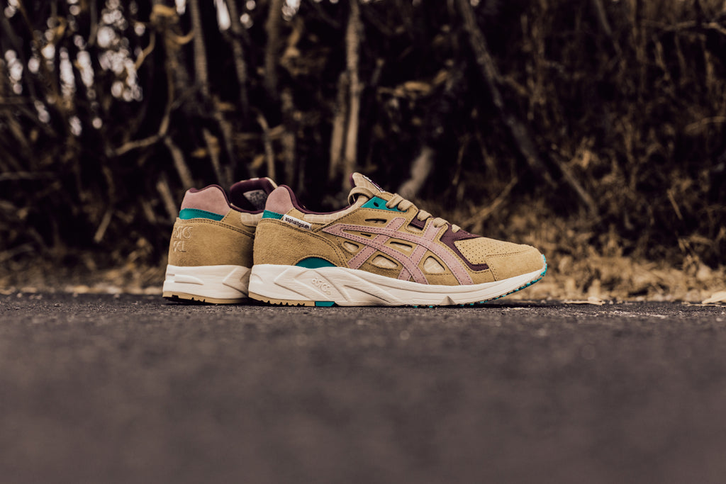 abdbd1965ee4 Asics presents a new collaboration with the Asphalt Gold on their Gel-DS  Trainer OG silhouette ( 130). Dubbed