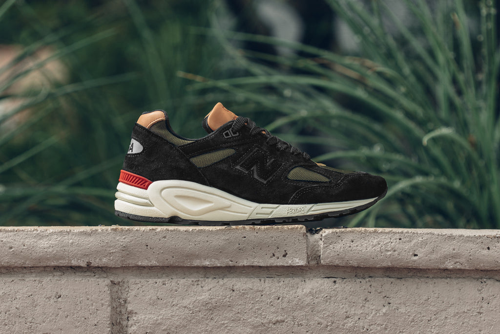 best website 0beb8 bf4ed New Balance 990 'Made in USA' In Black/Green Available Now ...