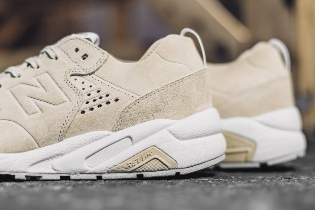 new balance 580 deconstructed beige
