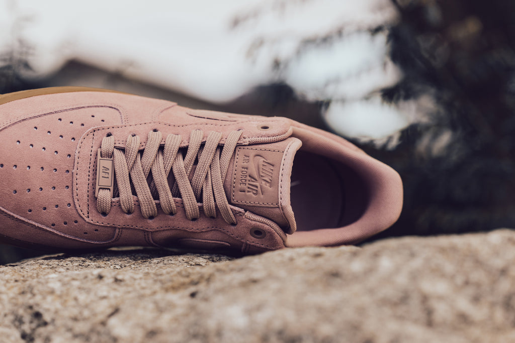 nike air force 1 low particle pink man
