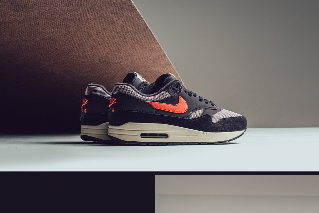 finest selection bee82 65786 Oil Grey Nike Air Max 1