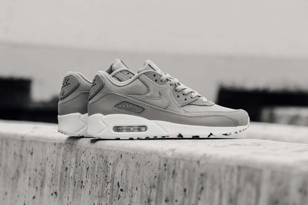 5ee3327af6bd Nike s Air Max 90 silhouette ( 120) receives the