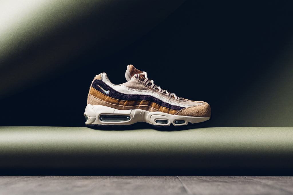 super popular 34be7 edbe3 Camper Green/Desert Nike Air Max 95 Premium – Feature