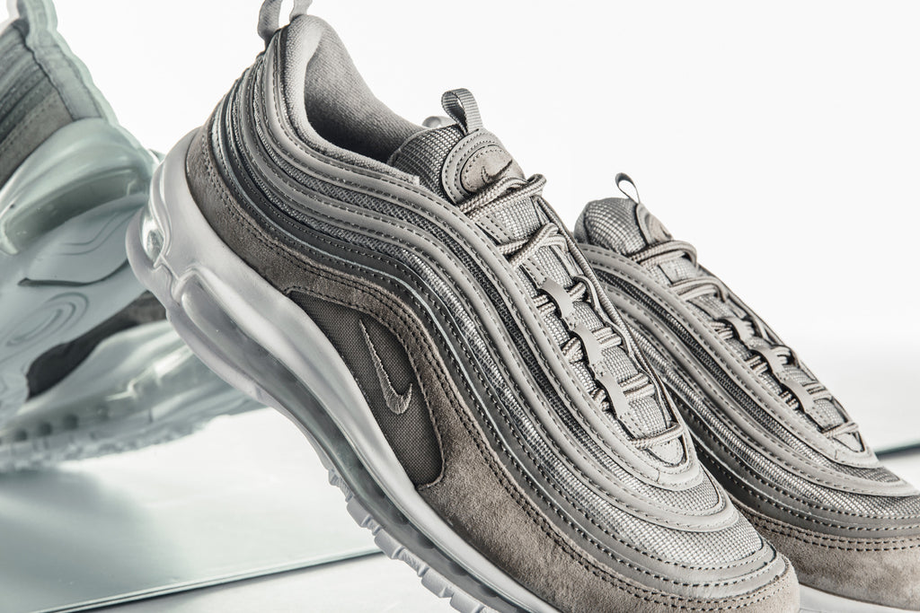 competitive price 5f99e f8939 Nike Air Max 97