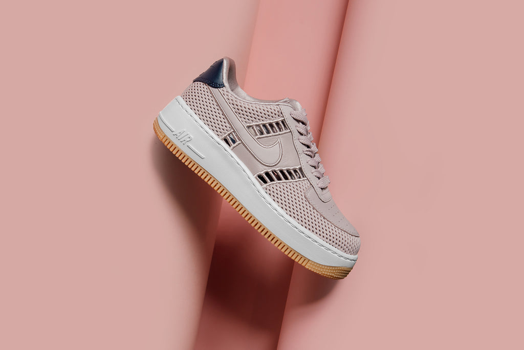 Pink Nike Air Force 1 Upstep Si – Feature