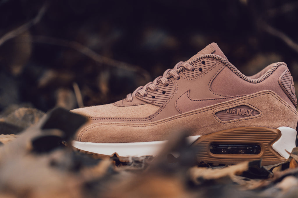 Nike Women's Air Max 90 SE 'Particle Pink' Available Now