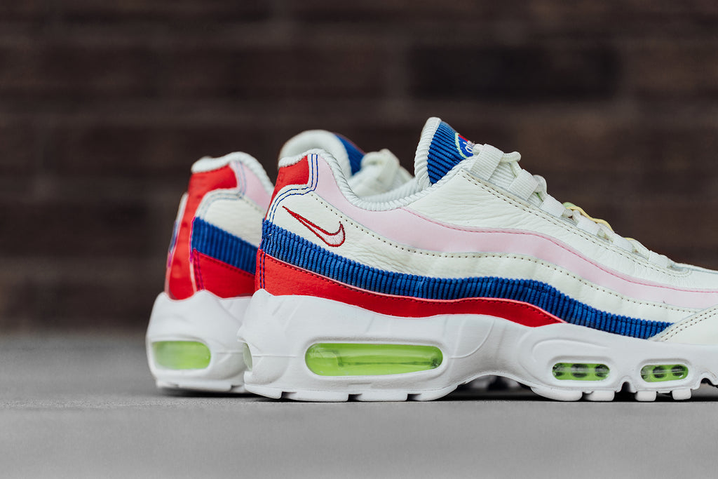 8a2563798cfa Nike Women s Air Max 95 SE