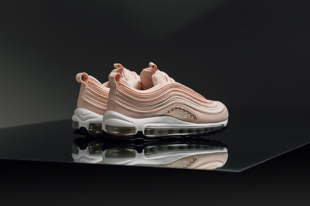 sneakers for cheap 3f2a0 6f9f4 Nike Women s Air Max 97 SE