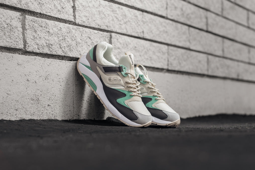 info for 51b53 ff372 Saucony Grid 9000 Light Tan Mint Available Now – Feature
