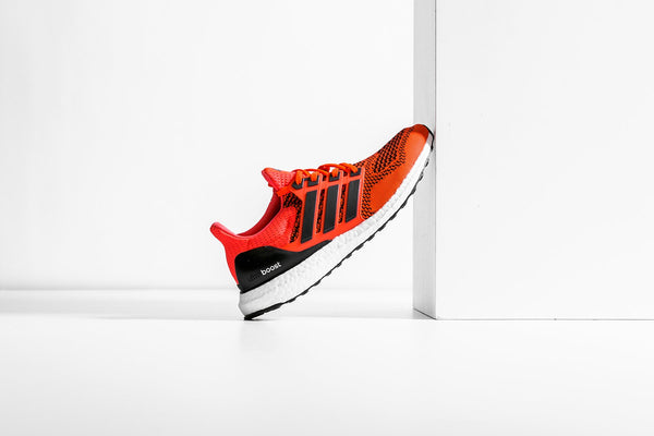 Adidas Originals Ultraboost 1.0 - Solar Red/Core Black