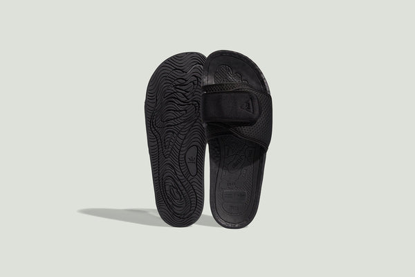 Adidas Originals x Pharrell Williams Boost Slide - Core Black