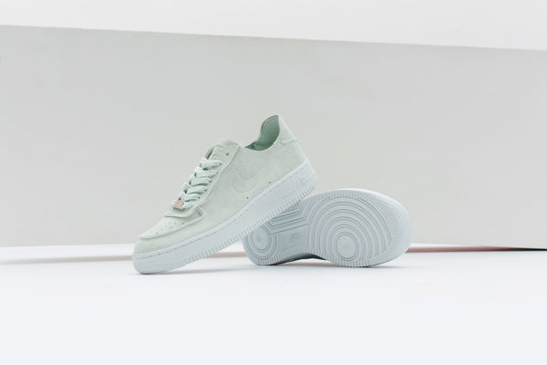 Nike Women's Air Force 1 '07 Deconstructed - Ghost Aqua/White