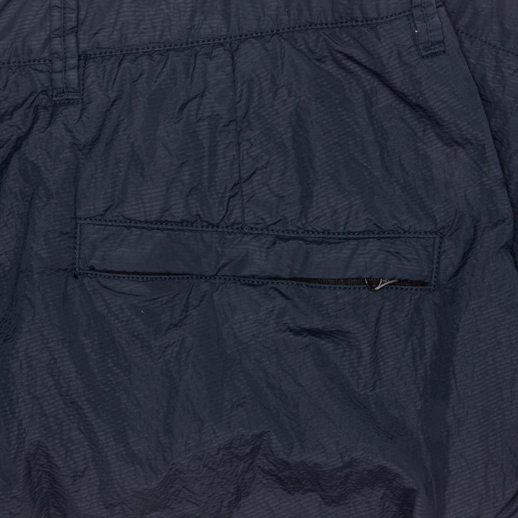 Stone Island Seersucker Bermuda Cargo Shorts Marine Blue Feature