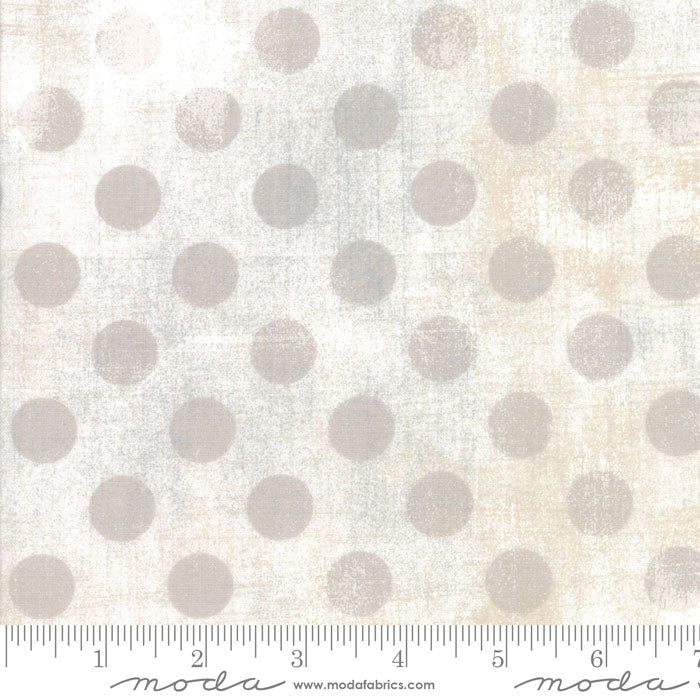 108in Grunge Hits the Spot Wide Quilt Back - White Paper