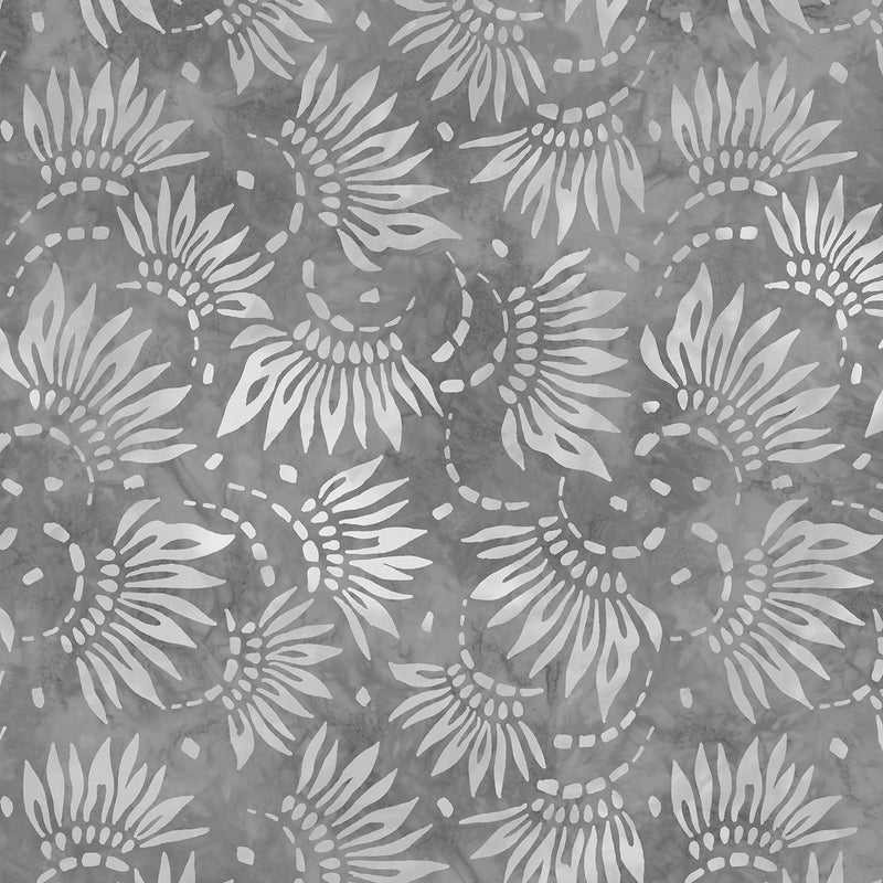 108in Petals Essential Wide Quilt Back - Light Gray