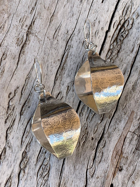 Sterling Silver Roller Print Honey Comb Lantern Earrings