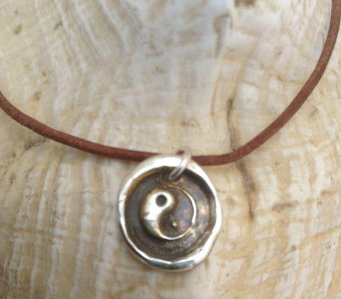 Handmade Sterling Silver Yin Yang Charm Adjustable Leather Bracelet