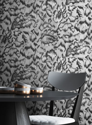 Tektura Talk Wallcoverings Black and White Waterlily