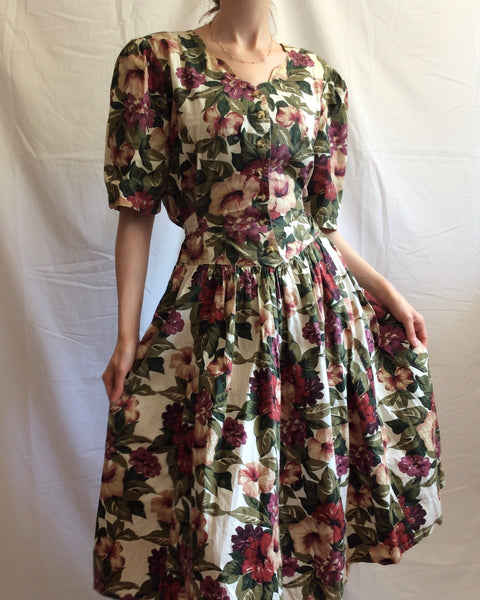Vintage 1980s-does-1950s botanical floral fit and flare dress