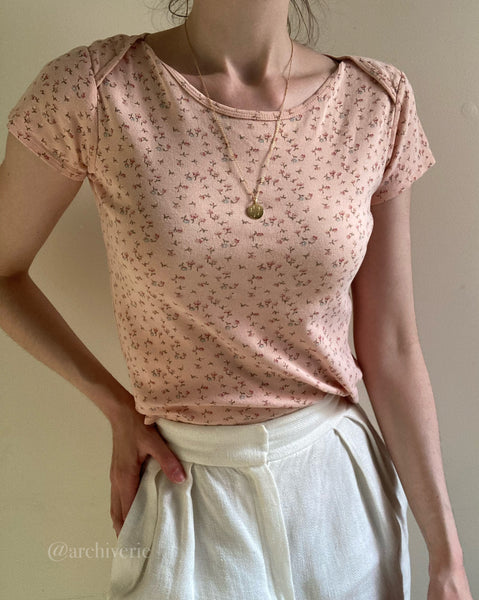 Vintage 90s blush ditsy floral baby tee