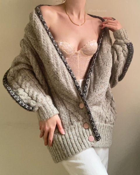 Oversized 1990s grey wool cable knit cardigan