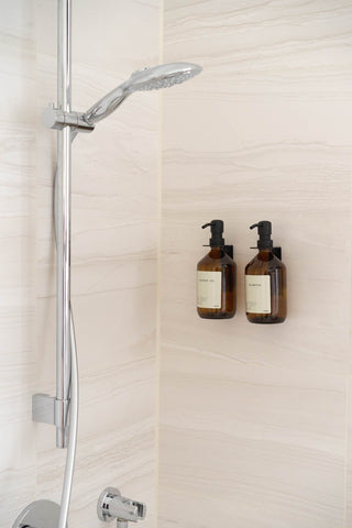 """CARE""-Duo in der Dusche - Premium Black"