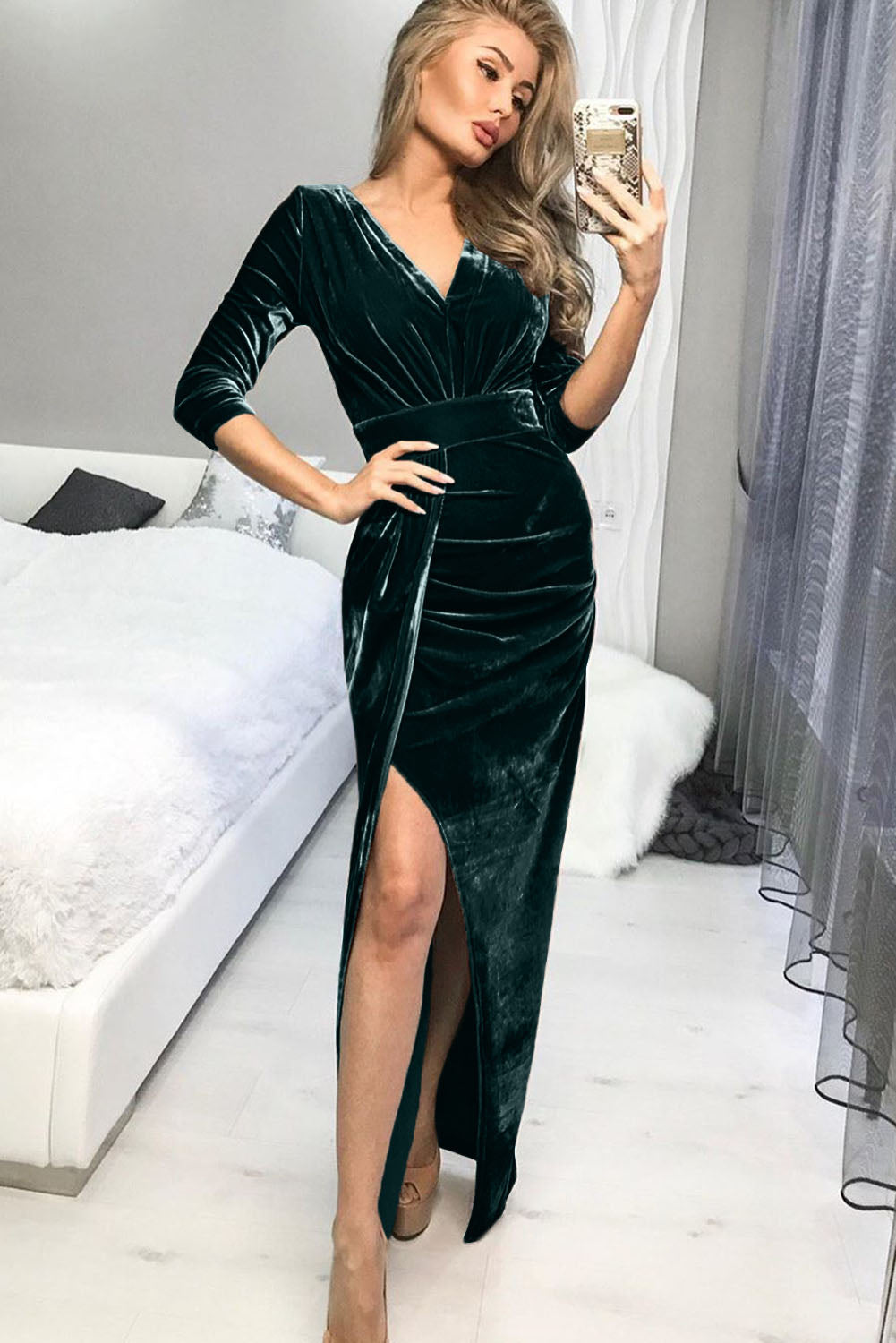 Green Deep V Neck Ruched Side Slit Party Velvet Dress