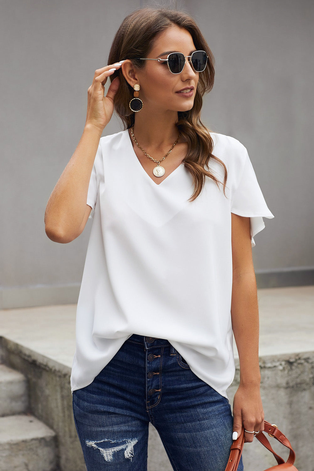 White V Neck Short Sleeve Tee